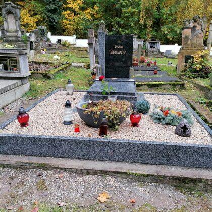 Vzor č. 69 - Pomník Vahlovice + Impala vel. 70 x 100, tělo Impala se sloupkem Vahlovice, o